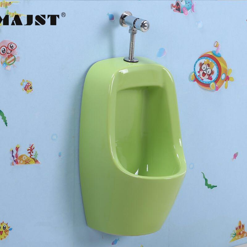 Tiểu đặt sàn cho bé trai mã 9833,Thiết bị phòng tắm Baby MAJST